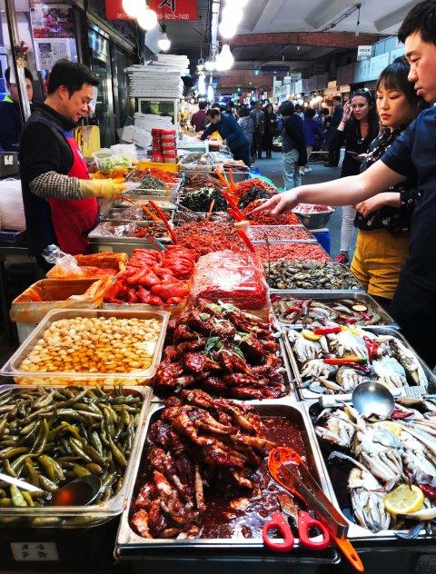 Hiinas viibides järgige hügieeni ning vältige loomaturge ja haigeid inimesi